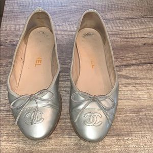 CHANEL classic flats size 35
